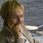 Dr-Elizabeth-Oughton